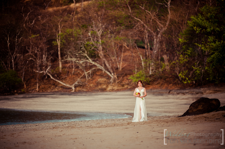 ( 1 Wedding-photographer-Costa-Rica-Toh--2013-05-03-170421-2